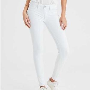 {American Eagle} Skinny Stretch White Denim Jeans